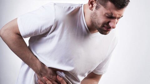 Причины, вызывающие запоры, принципы лечения задержки стула