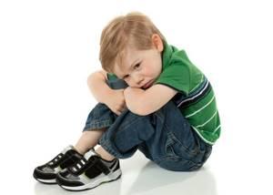Как проявляется фимоз у мальчиков: разновидности и стадии развития патологии, характерные симптомы и способы лечения, рекомендации родителям