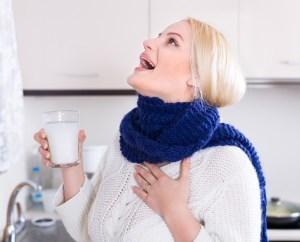 Сухой кашель: лечение медикаментозными и народными средствами