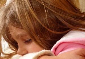 Как лечить ложный круп у детей, симптомы, первая помощь