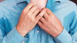 Первые признаки ВИЧ у мужчин и женщин: способы и особенности инфицирования, сроки проявления и основные этапы развития болезни