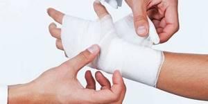 Как легко вылечить ушибы в домашних условиях народной медициной