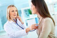 Почему у женщин лейкоциты в моче повышены: причины изменений, возможные заболевания, диагностика и лечение