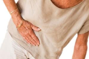 Камни в желчном пузыре: причины появления, сопутствующие симптомы, методы лечения и примерное меню