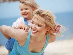 Солнечный дерматит у взрослых и детей: разновидности заболевания, отличительные симптомы и способы лечения в домашних условиях медикаментами и народными средствами, меры профилактики