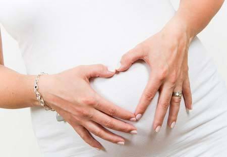 Симптомы внематочной беременности на ранних стадиях: профилактика заболевания и основные симптомы патологии, меры предосторожности и лечение