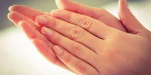 Повышенная потливость: основные причины и характерные симптомы гипергидроза, разновидности патологии, эффективные современные и народные методы лечения